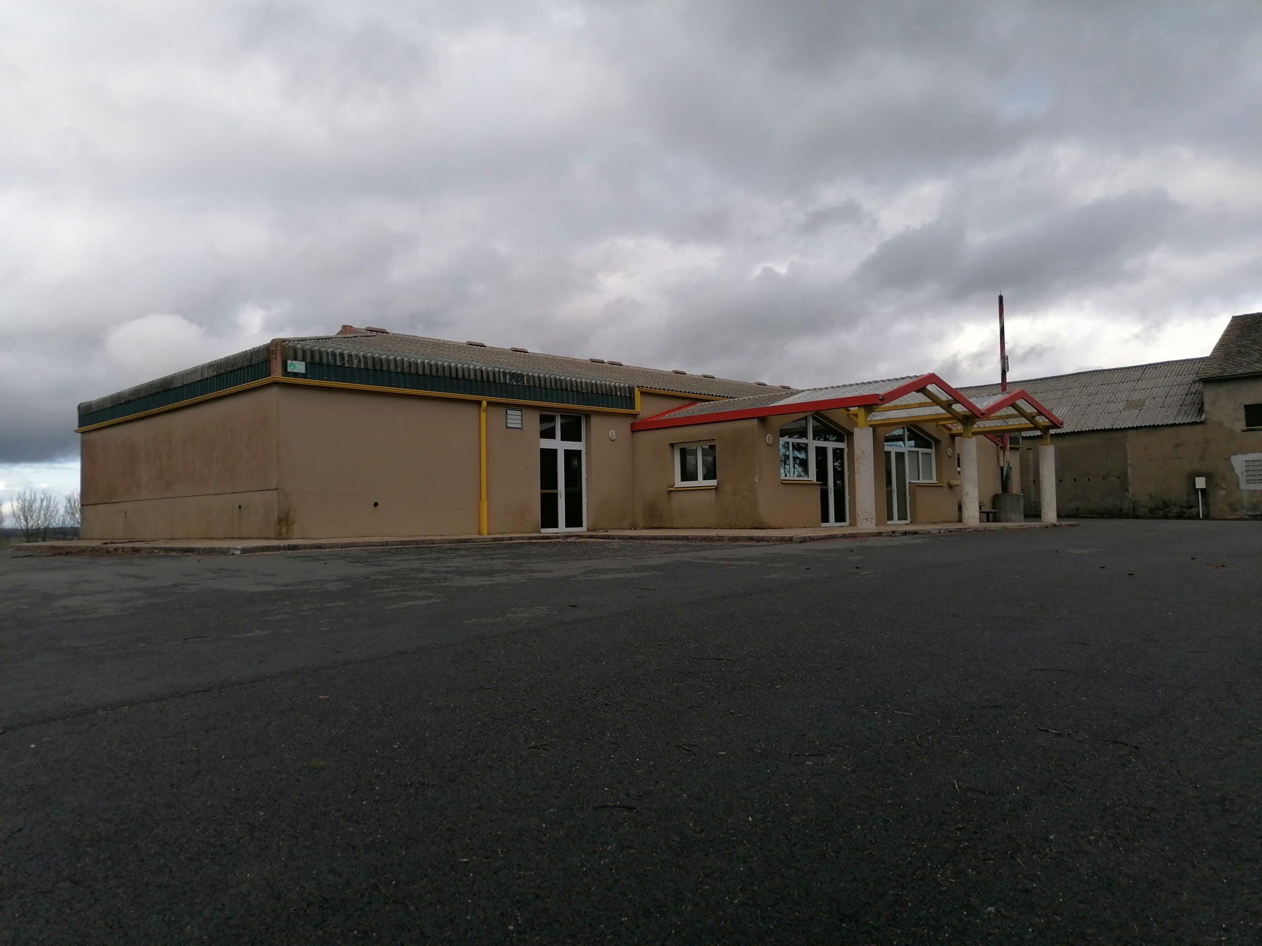 Salle des fêtes de Curan
